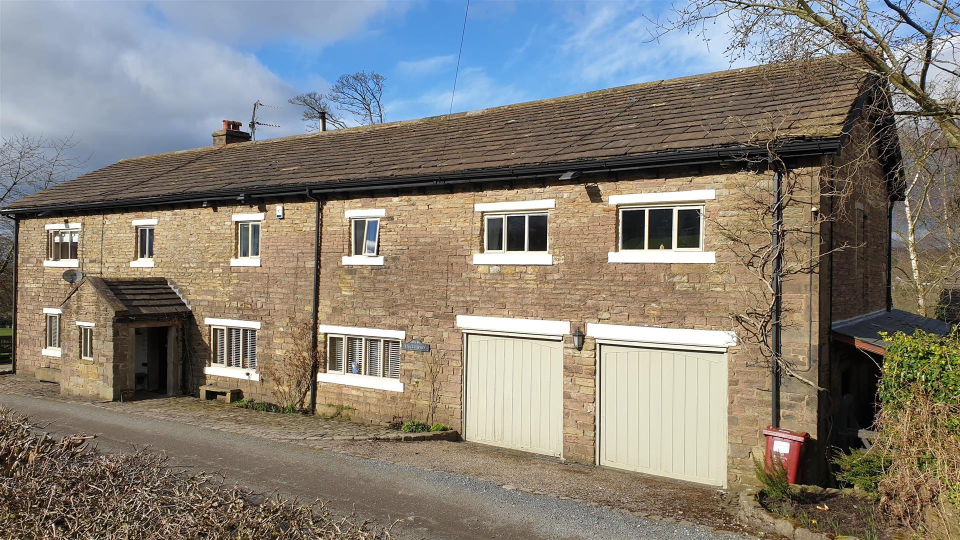 5 Bedroom Barn Conversion For Sale - 20210319_145923.jpg